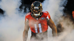 Atlanta Falcons wide receiver Julio Jones (11) takes the field for play against the Indianapolis Colts Sunday, Nov. 22, 2015 in Atlanta. The Colts won the NFL game 24 - 21. (Al Messerschmidt  via AP)